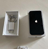 iPhone XR 64gb black на гарантии Абинск